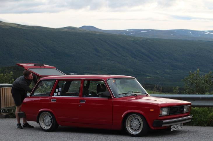 Как молодая пара из Перми объехала Скандинавию на стареньких «жигулях»